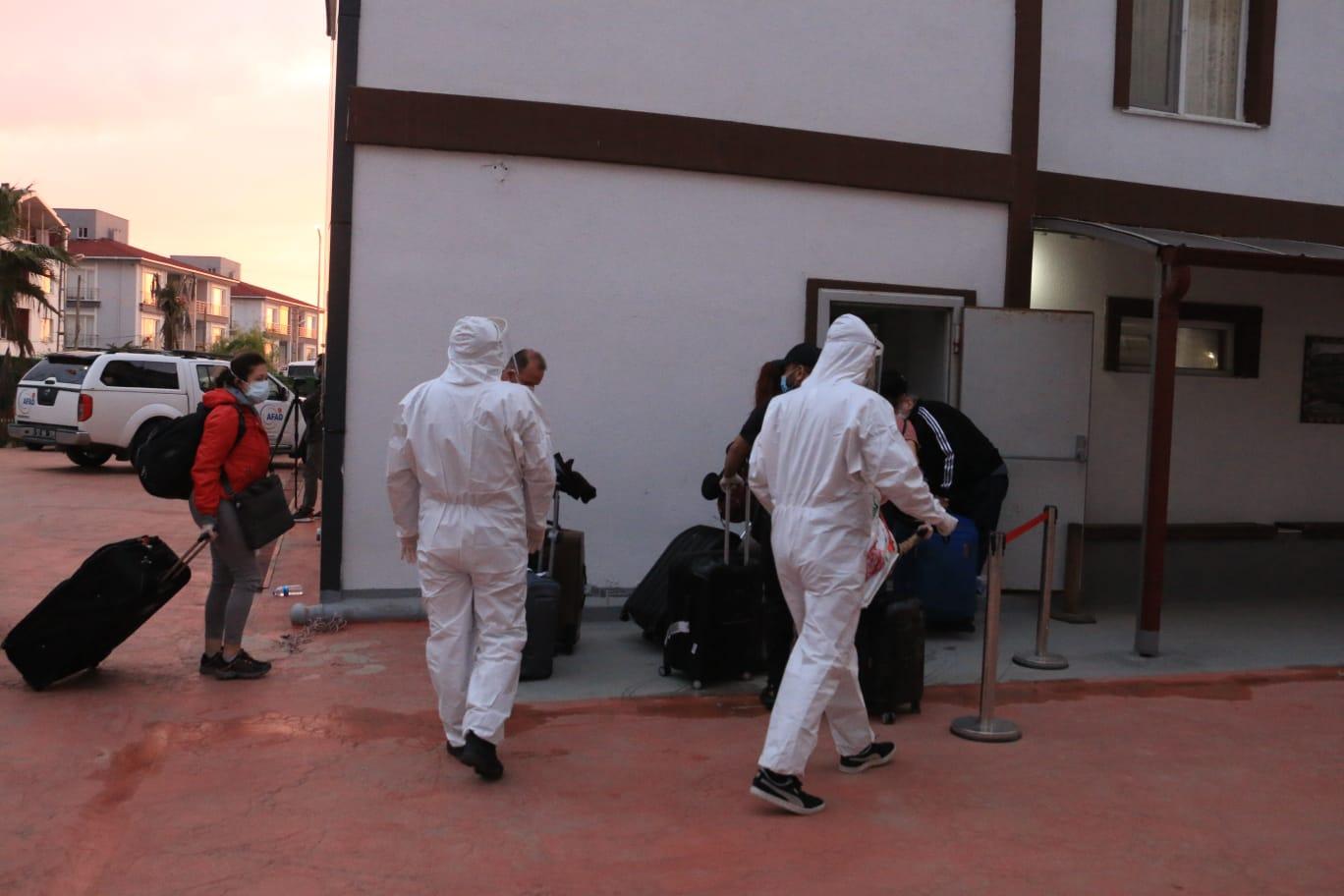 Birleşik Arap Emirlikleri'nden 195 kişi, Samsun'a getirildi