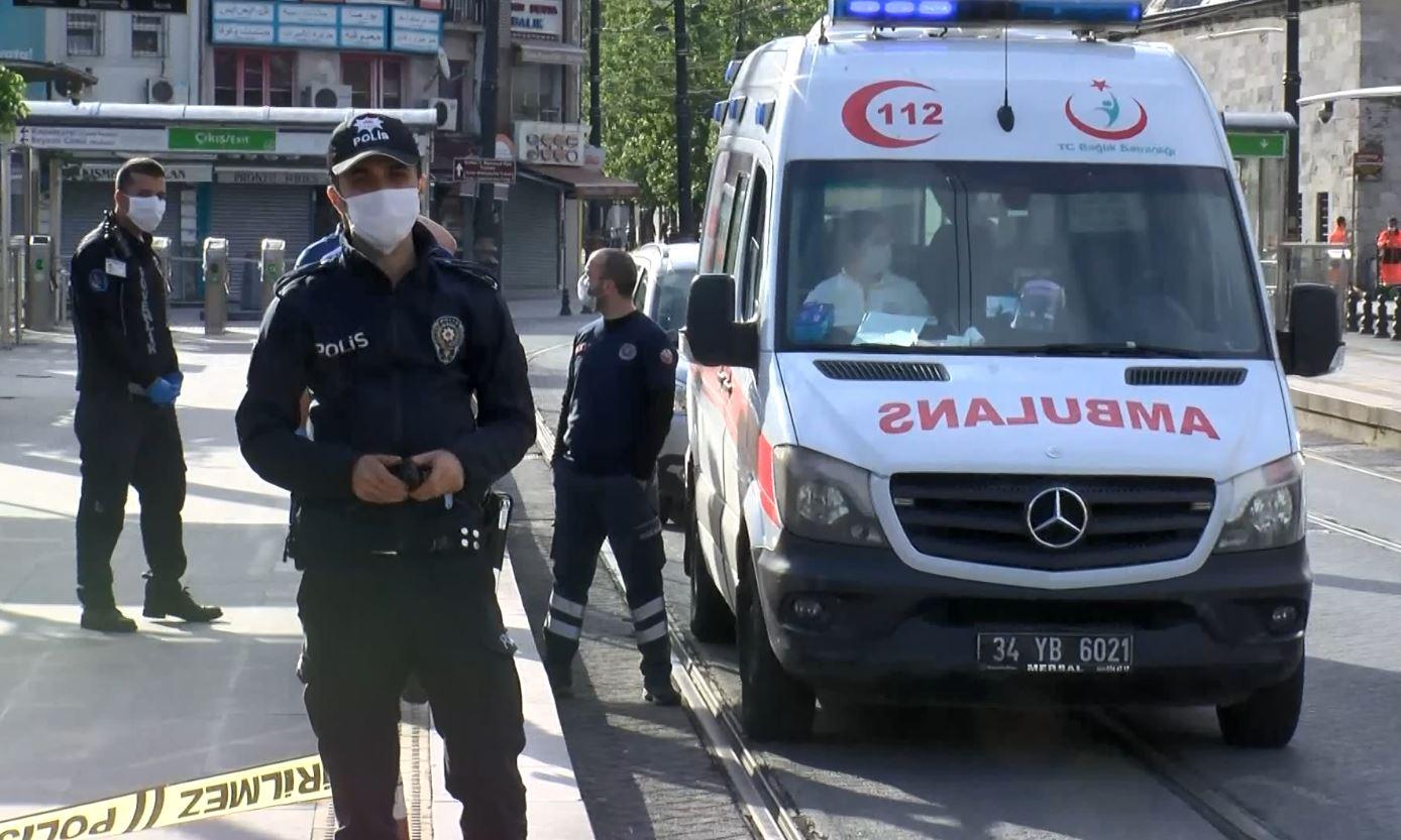 Beyazıt tramvay durağında ceset bulundu
