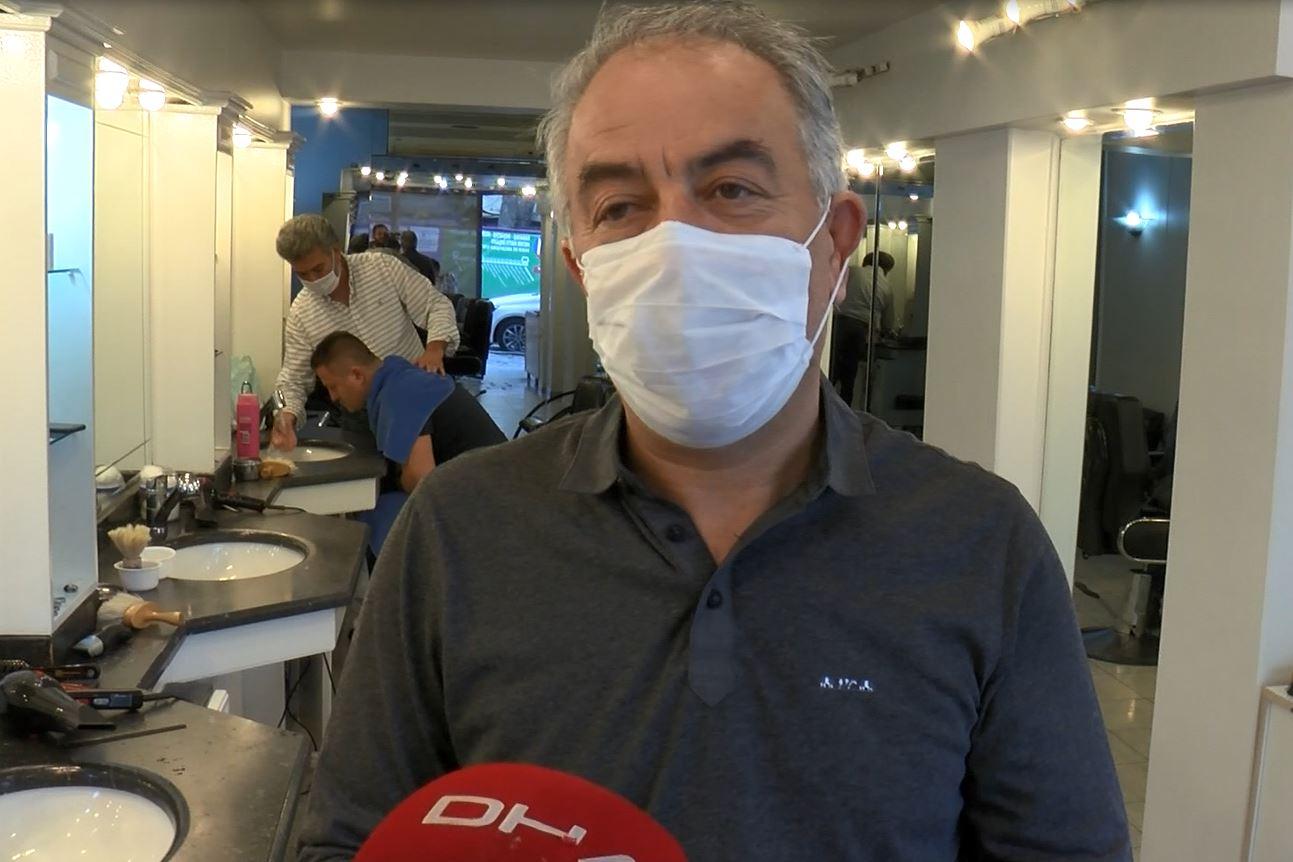 Beşiktaş'ta berberler kepenkleri açtı