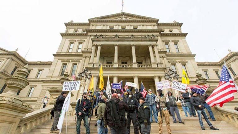 ABD'de karantina karşıtı protestolar dalga dalga yayılıyor