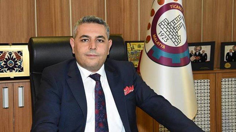 Oda başkanından nabza göre şerbet! Atatürk portresini bir indiriyor bir asıyor