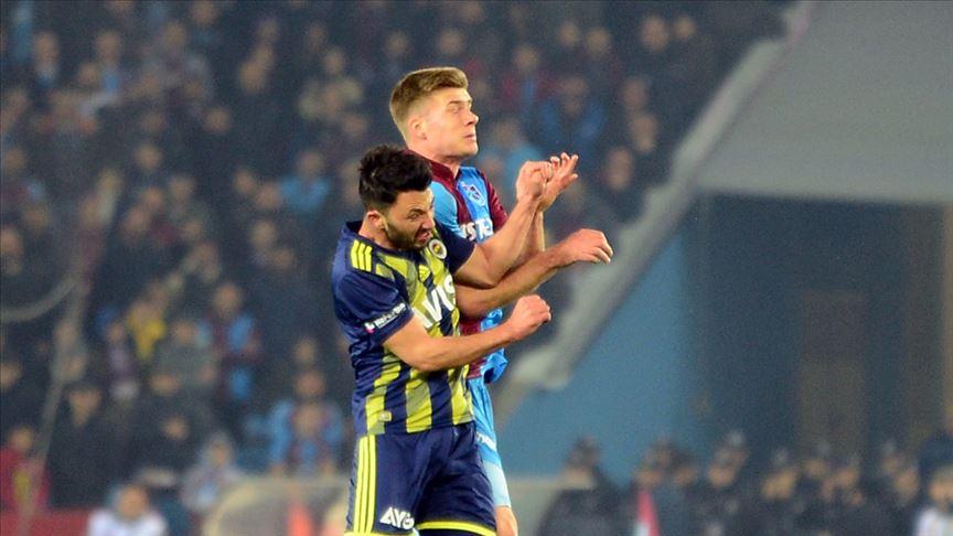 Fenerbahçeli futbolcu Tolgay Arslan: İnşallah sezonu kupayla bitiririz