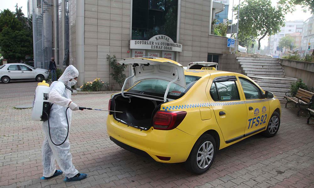 Kartal Belediyesi tarafından 1200 taksi dezenfekte edildi