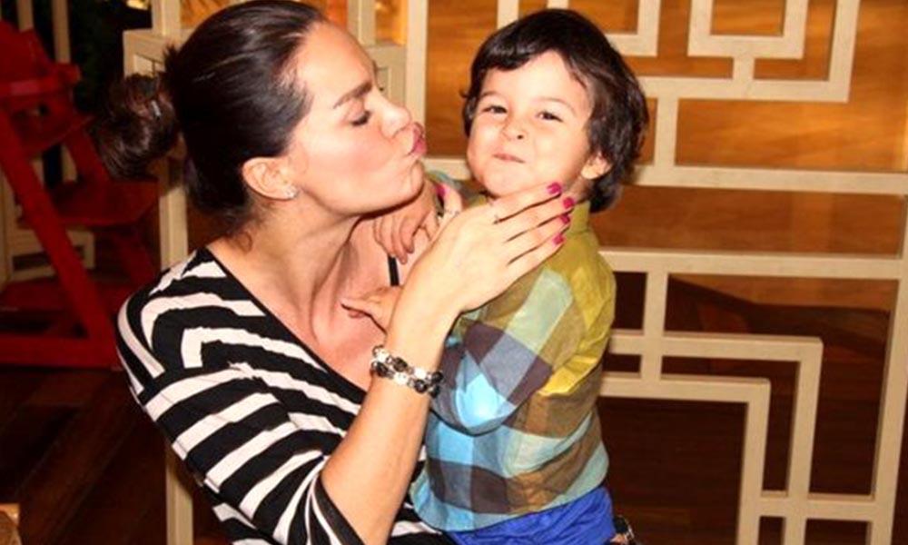 Anneler Günü'nde Ebru Şallı'dan duygulandıran paylaşım