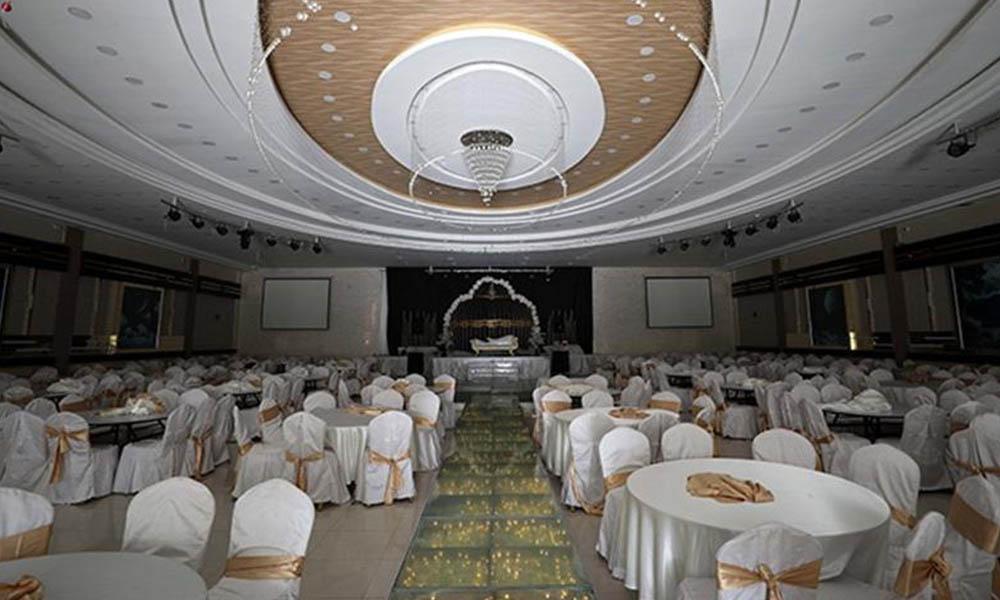 Bilim Kurulu Üyesi düğün salonlarının açılacağı tarihi paylaştı