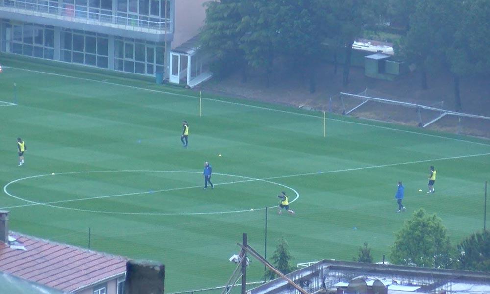 Fenerbahçe 45 gün sonra sahaya indi