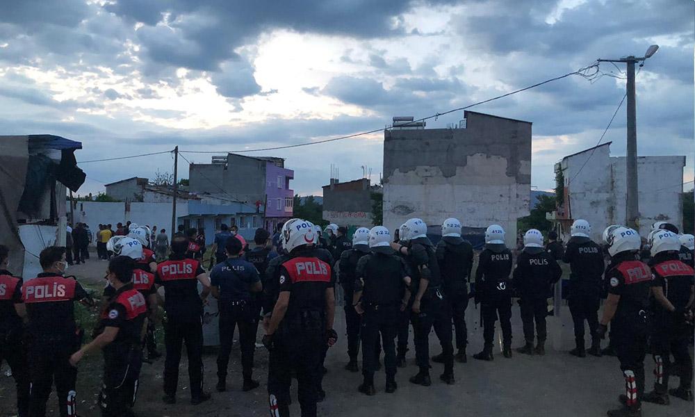 Bursa'da silahlı çatışma: 1 polis şehit oldu 4 kişi yaralandı