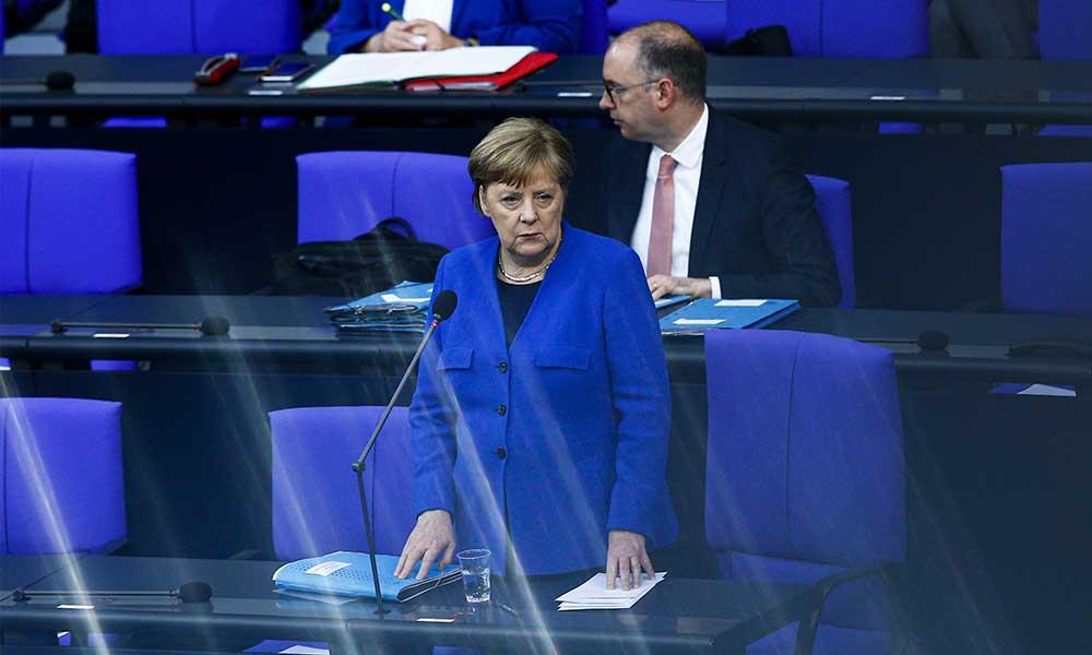Almanya'da kısıtlamalar uzatıldı: Salgının başındayız