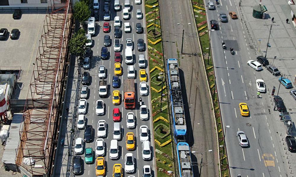 Evde kal çağrısı havada kaldı… Trafik eski haline döndü