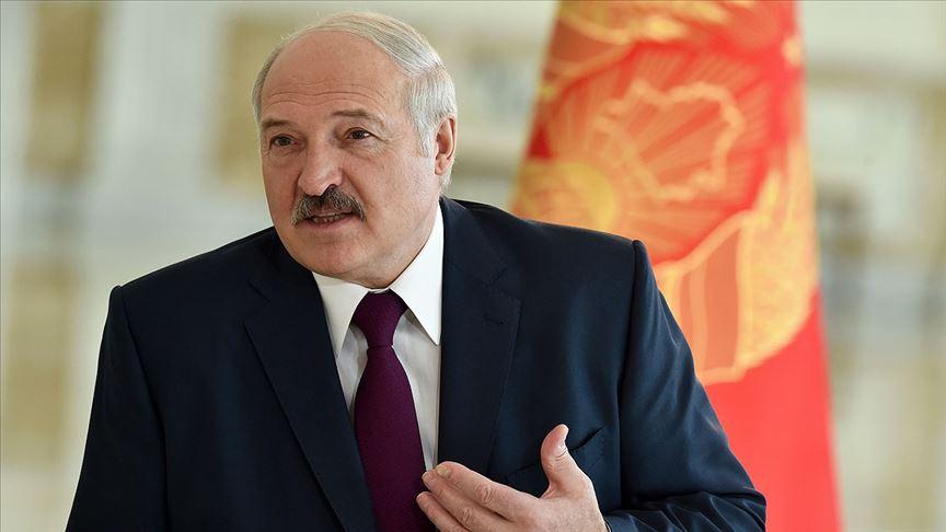 Belarus'ta hükümet karşıtı grup sokağa döküldü : 220'den fazla gözaltı