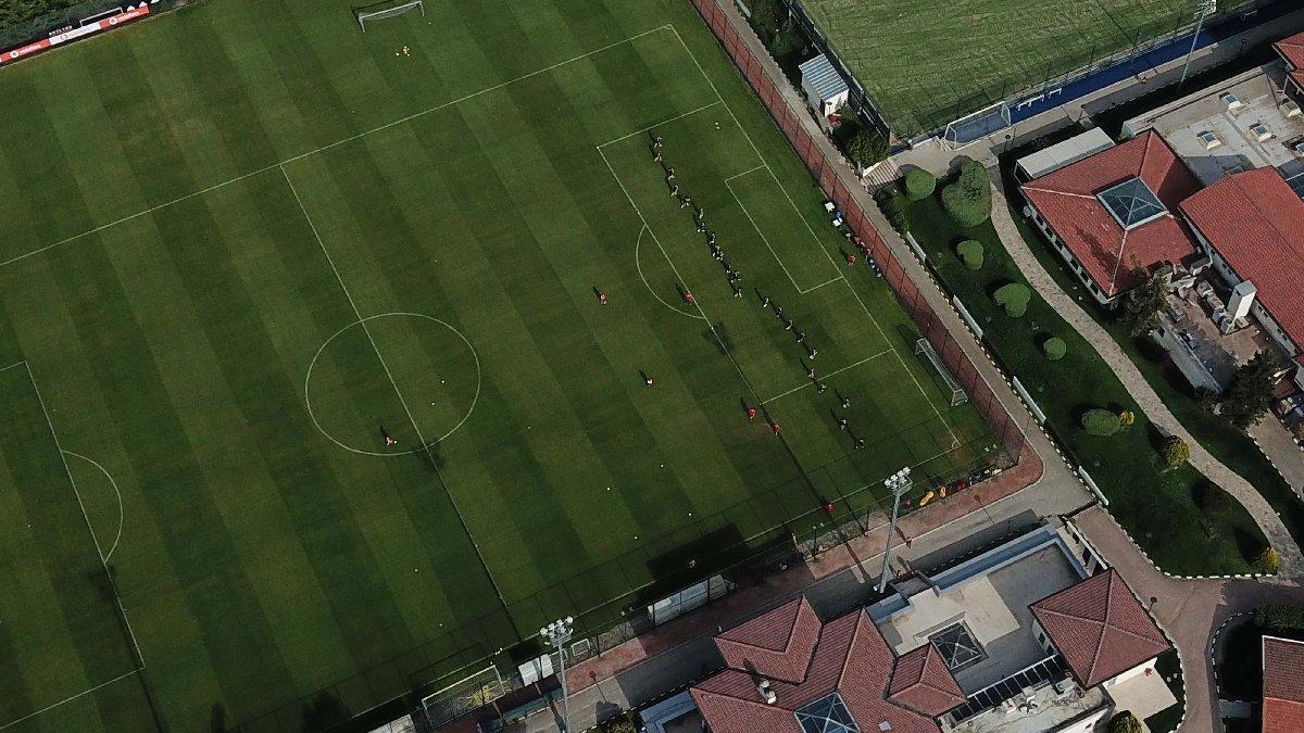 Beşiktaş dronela antrenmanı görüntüleyen gazetecilere giriş yasağı getirdi