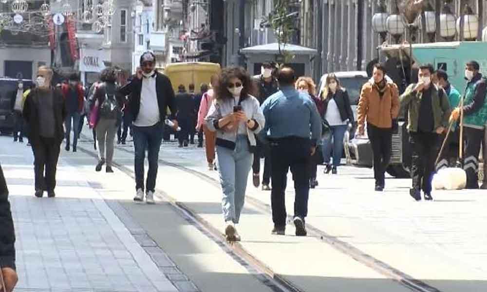 Normalleşme konuşulmaya başlandı, halk yeniden sokağa çıktı