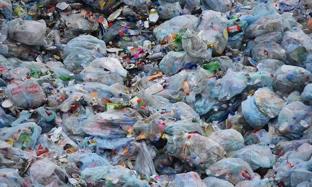 'Avrupa bizi kıskanıyor' dediler Avrupa'nın çöplüğü yaptılar