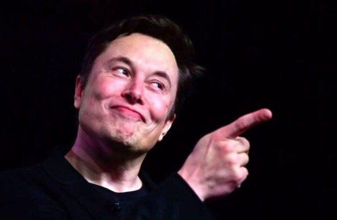 Elon Musk 'satıyorum' dedi, 8 milyondan fazla insan tıkladı