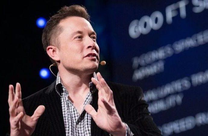 Elon Musk'tan 'darbe' açıklaması: Kime istiyorsak yaparız
