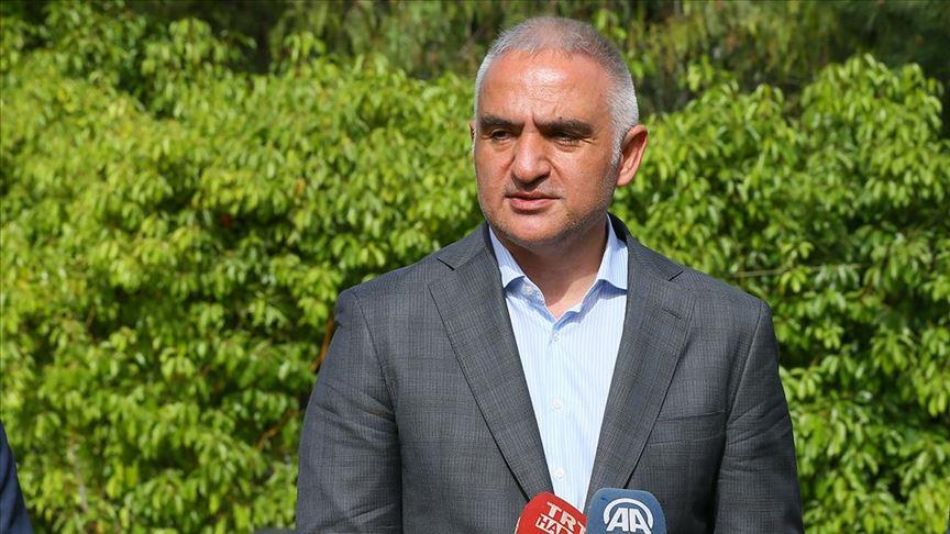 Kültür ve Turizm Bakanı Ersoy yurtiçi uçuşlar için tarih verdi