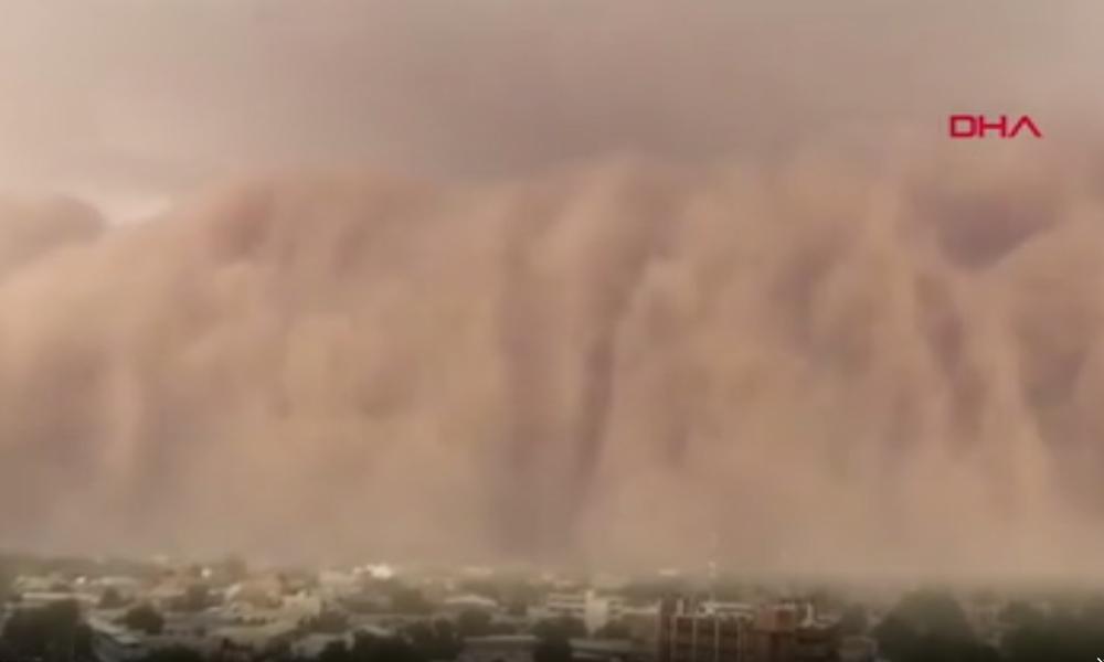 Nijer'de kum fırtınası paniğe neden oldu
