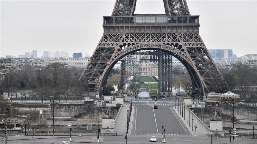 Fransa'da koronavirüs tedbirleri gevşetiliyor