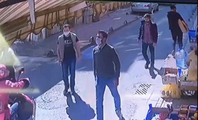 Esenler'de maskeli magandalar iki işletmeciyi tekme tokat dövdü