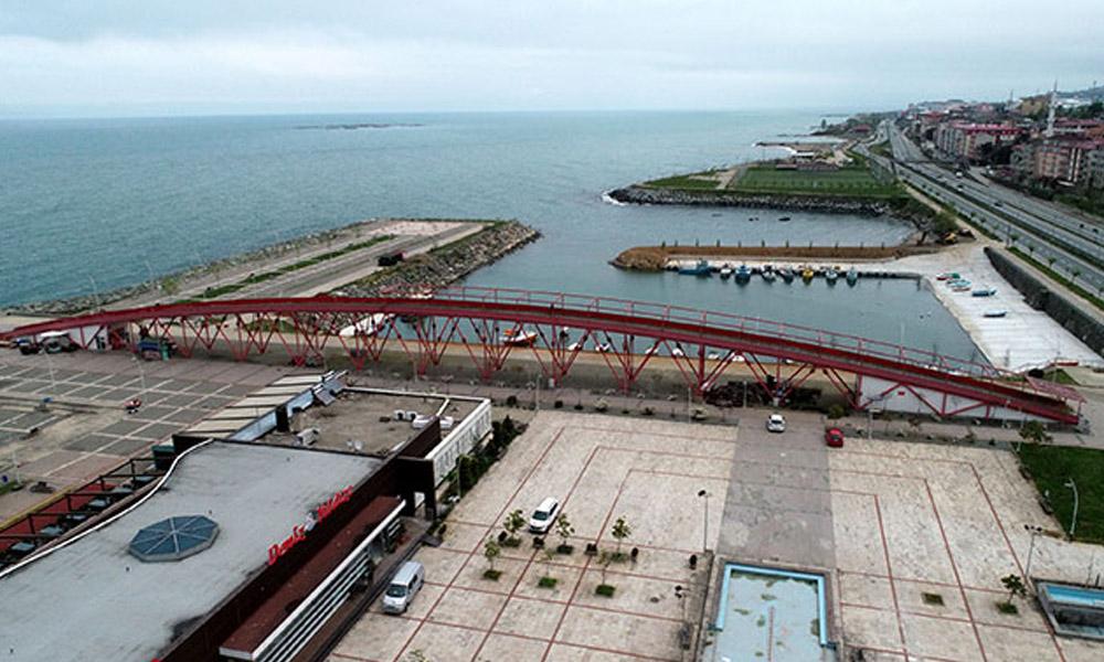 AKP'li Belediyenin yaptırdığı köprü tartışma yarattı