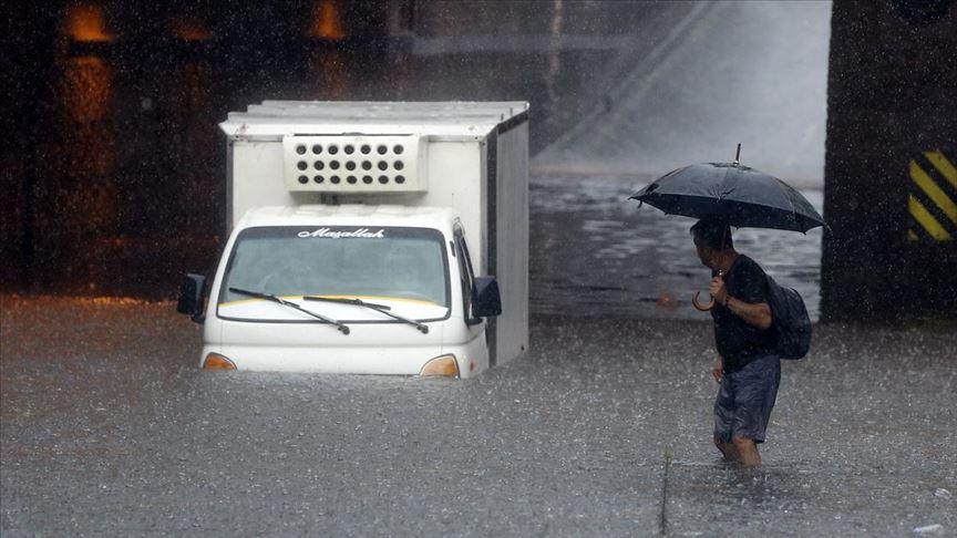 Meteoroloji saat verdi ve uyardı: 'Ani sel, su baskınlarına karşı dikkatli olunmalıdır'