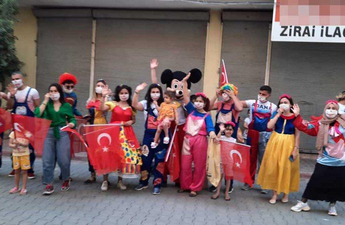 Seyhan'dan çocuklara bayram hediyesi