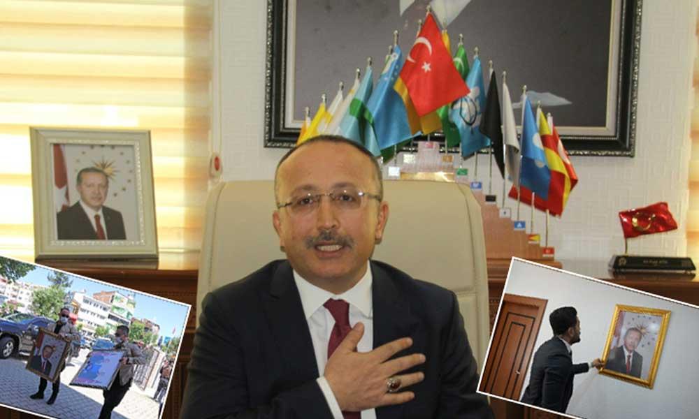 Kayyumun ilk icraati makam odasına Erdoğan'ın fotoğrafını asmak!