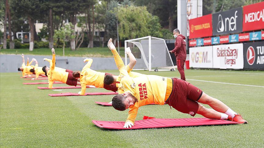 Galatasaray'da hazırlıklar kaldığı yerden devam ediyor