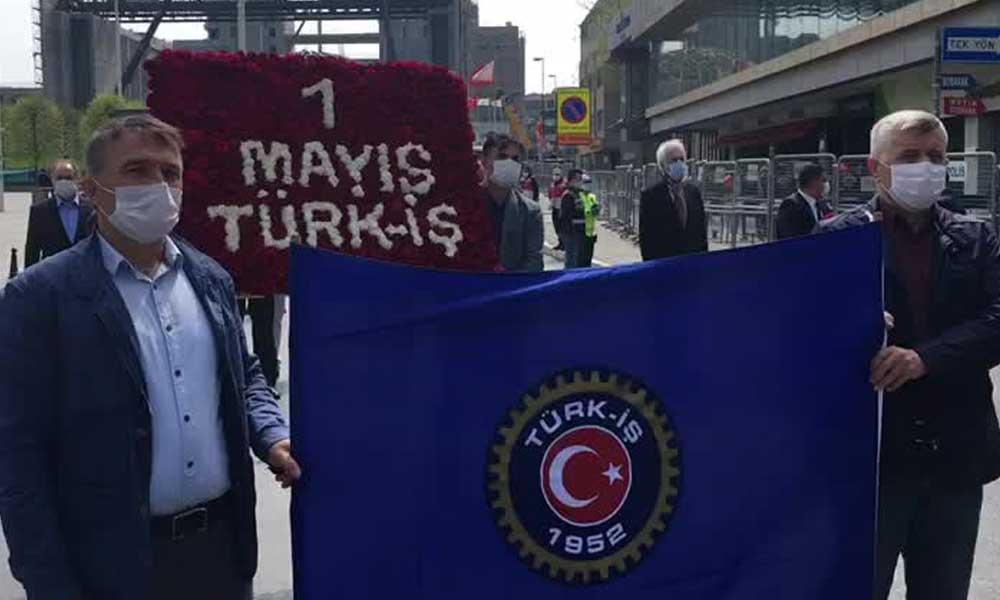 DİSK yöneticilerine gözaltı, Türk-İş'e serbest