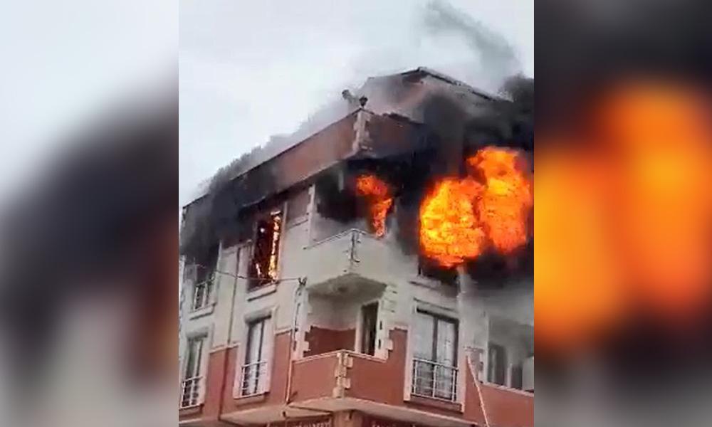 Kocaeli'nde korkutan yangın! 5 kişi mahsur kaldı…