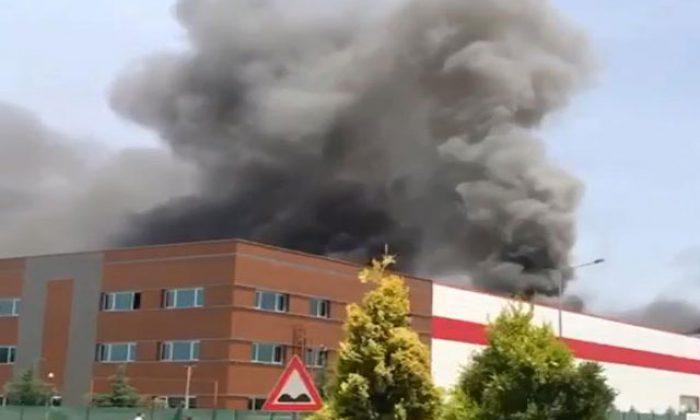 Ankara'da tıbbi ekipman fabrikasında yangın