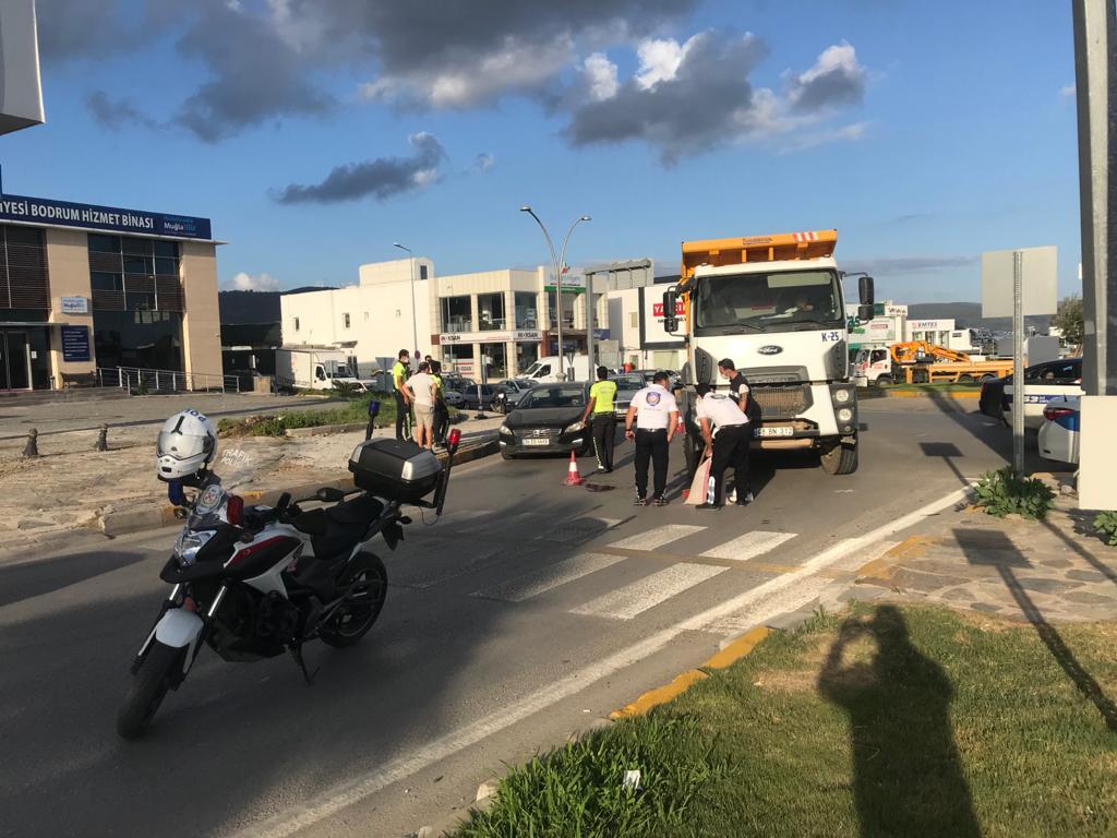 Kıbrıs gazisi, kazada ağır yaralandı