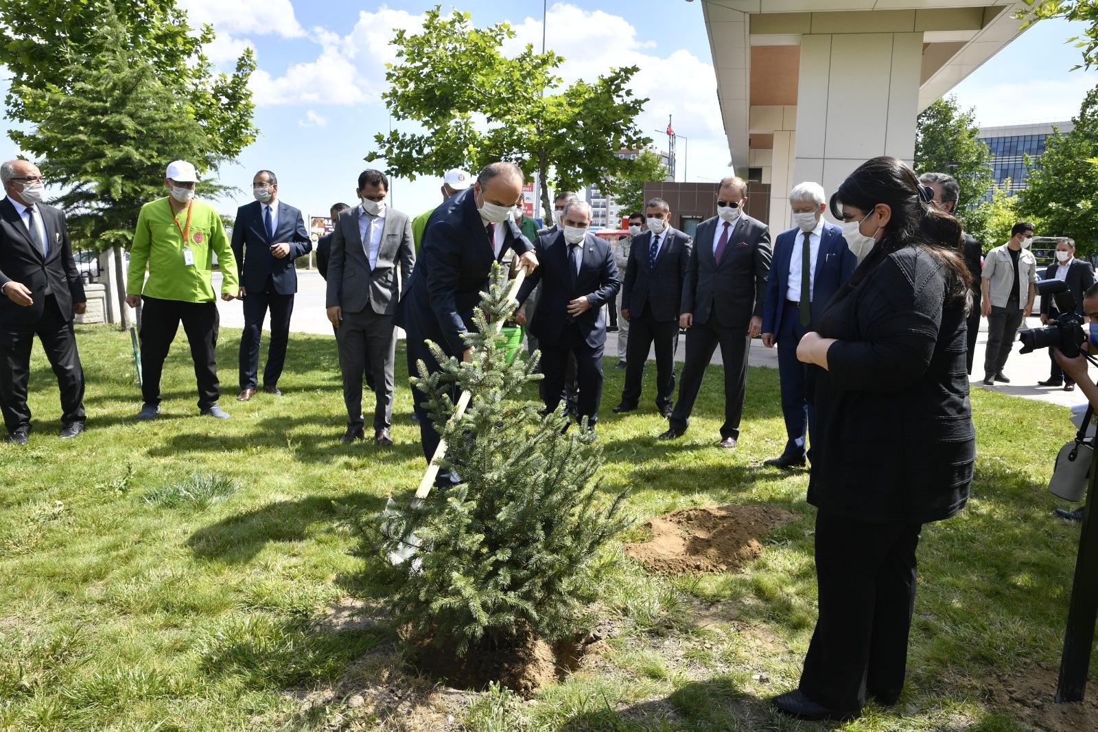 Edirne Valisi Canalp: 3 haftadır pozitif vaka yok