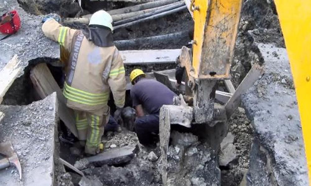 Kanalizasyon çalışmasında göçük… 1 işçi mahsur kaldı!