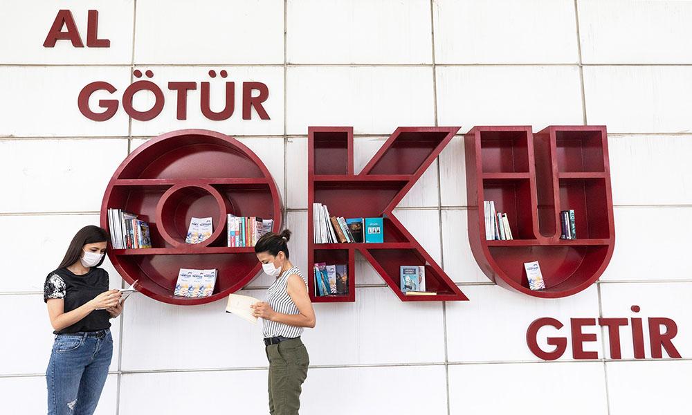 Büyükşehir'in Merkez Kütüphanesi tekrar kapılarını açtı