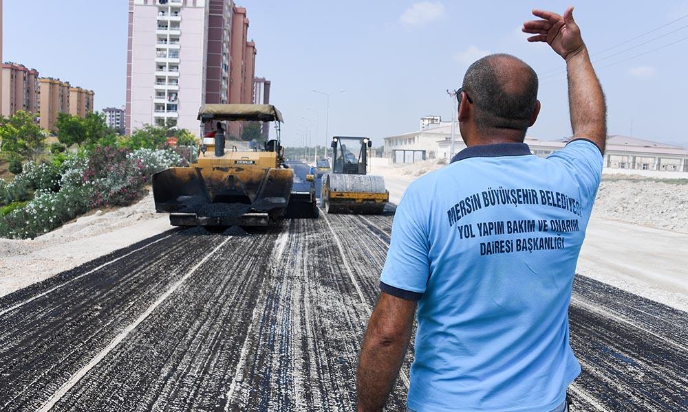 Büyükşehir, yol ağının kalitesini yükseltiyor