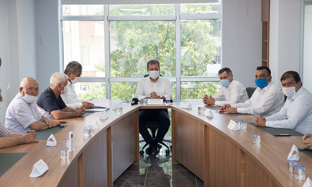 Başkan Seçer, Erdemli Ticaret ve Sanayi Odası Yönetim Kurulu üyeleriyle buluştu