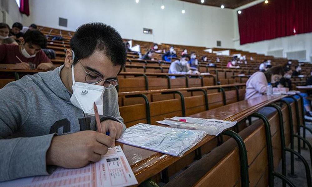 Dr. Savaş'tan vahim açıklama: MSÜ sınavında 400 öğrenciye koronavirüs bulaştı