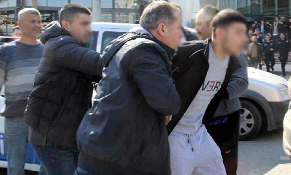 AVM'ye iki kez silahlı saldırı düzenleyen kişi yakalandı
