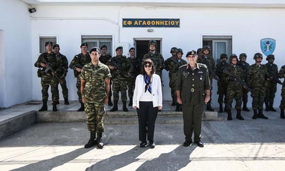 Yunanistan Cumhurbaşkanı'ndan Türkiye'ye tahrik! Eşek Adasına çıktı