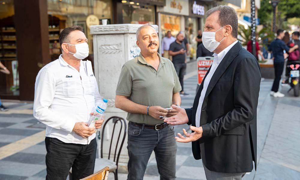 Başkan Seçer, Atatürk Caddesi ve Silifke Caddesi esnafını dolaştı