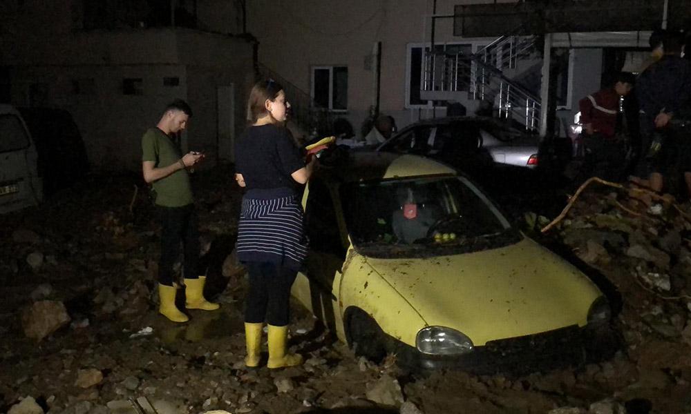 Bursa'da sel felaketi: Can kaybı 2'ye yükseldi, kayıplar aranıyor