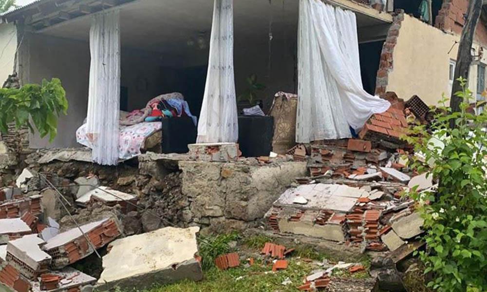 Bingöl'de 5.8 büyüklüğünde deprem: 1 korucu şehit, 18 yaralı