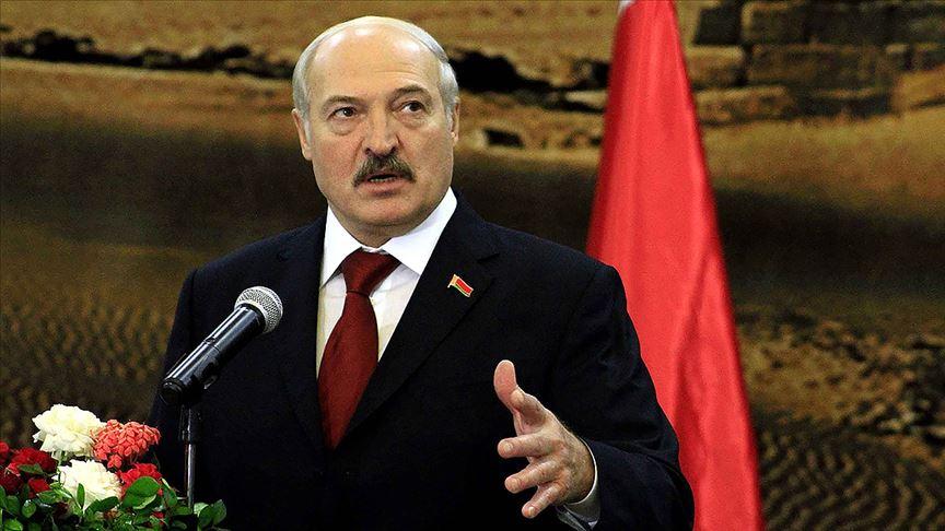 Belarus Devlet Başkanı hükümeti feshetti!