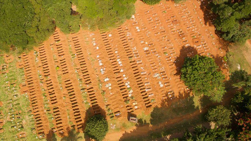 Brezilya'da acı tablo! Mezarlıklarda yer açmak için eski mezarlar boşaltılıyor