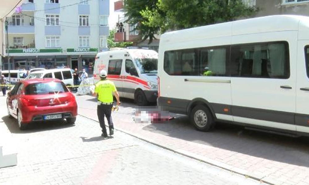 Servis aracının çarptığı çocuk hayatını kaybetti