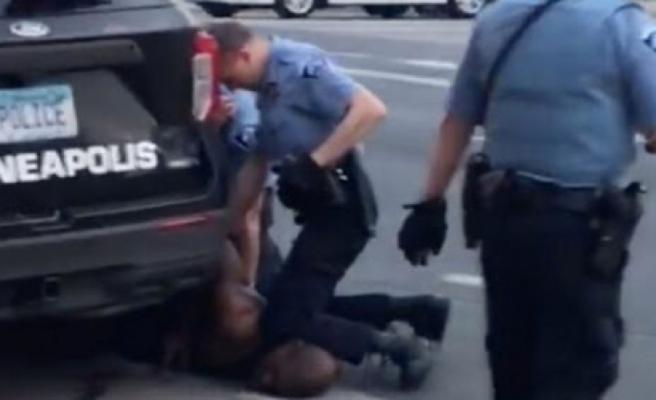 George Floyd cinayeti zanlısı 3 polise 750 bin dolar kefalet
