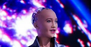 kadın robotlara