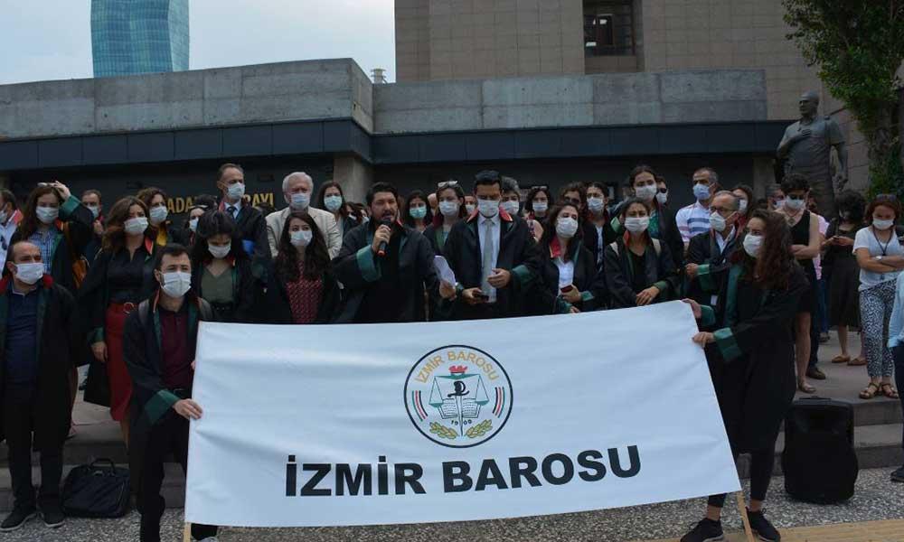 İzmir Barosu'na polis engeli! Avukatlar oturma eyleminde
