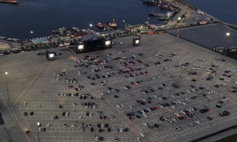 Türkiye'nin ilk arabalı konseri Yenikapı'da gerçekleşti